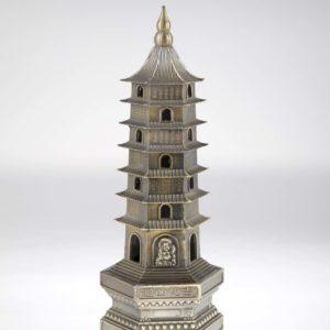 kovová pagoda