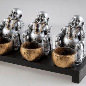 Svietnik s tromi smejúcimi sa Budhami